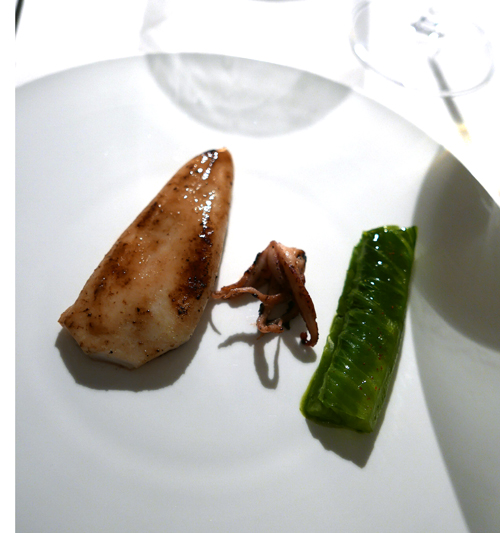 Roasted squid and lettuce.