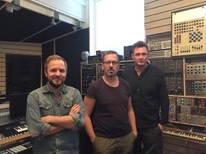 Vår studioman Fredrik Okazaki, Stefan Ekengren och Tom Sjöstedt.